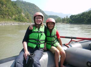 Family rafting in Nepal