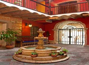 La Casona courtyard