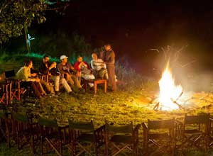 Unwind by the campfire at Ilkeliani